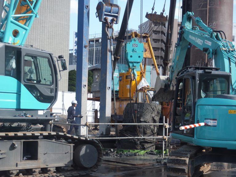 岡山市某施設 既存杭 引抜き工事